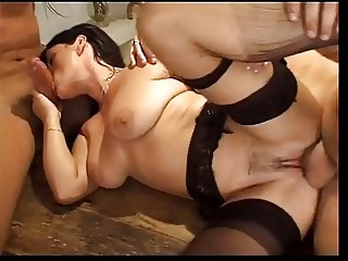 Elodie Cherie Double Penetration