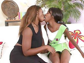 ebony lesbians pt1