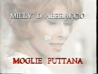 Milly d 039 abbraccio Moglie Puttana