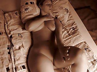 sarah big butt nudeinbed