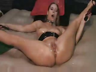 Self fuck self whip and squirt