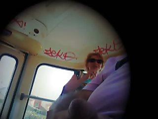 Flashdick in tram