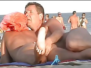 SpyCams Beach Voyeur Many Pussy NV