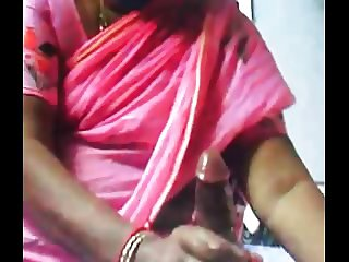 INDIAN COCK got OIL Massage from INDIAN AUNTY