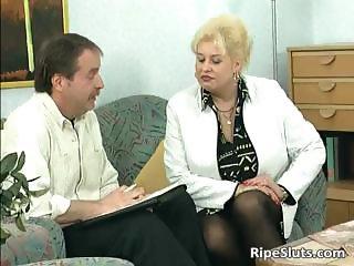 Blonde housewife sucks big cock with her part2