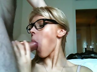 Amateur Blonde Women Fucks and Get Cum On Her Face