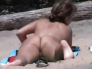 Amateur Beach Voyeur Nice Tight Ass