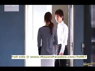 Akiho Yoshizawa innocent asian girl gets pussy licked