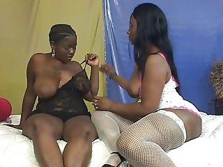 Pretty Solid BBW Black Lesbian Action
