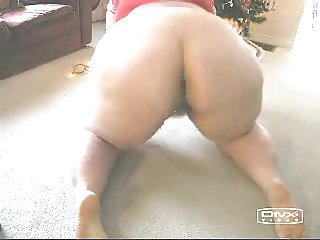LOVES ME A BIG BOOTY WHITE MATURE