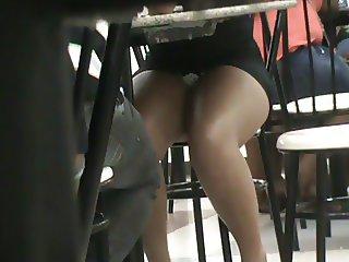 table mini skirt