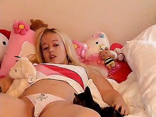 Kirsten Backstroke 2