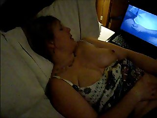 Slutwife Laura computer sex
