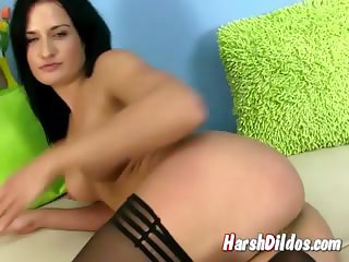 Czech babe toying her pussy