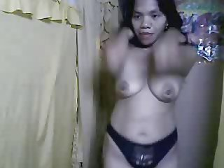 36 YEAR OLD FILIPINA GIRL DANCING AND SHOWING HER BOOBS