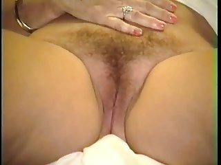Mirela Getting her Pussy Shaved