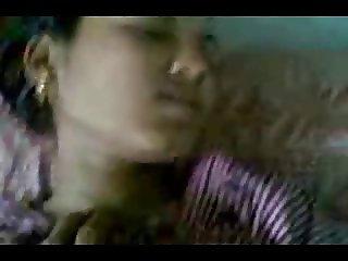 petiete indian girl loves bf 039 s dick