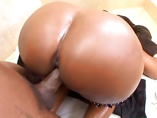Ebony booty action in the bathroom