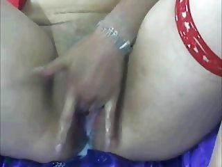 Creamy Wet Latina Masturbation on WebCam