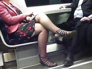 Candid Sexy Crossed Legs 8. Hot Mature slow motion