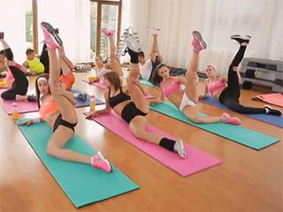 Yoga girls spreading legs